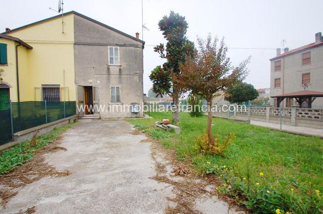 Pontemaodino Villetta Trilocale con ampio giarino privato