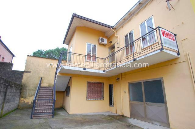 Codigoro Villetta Trilocale con garage